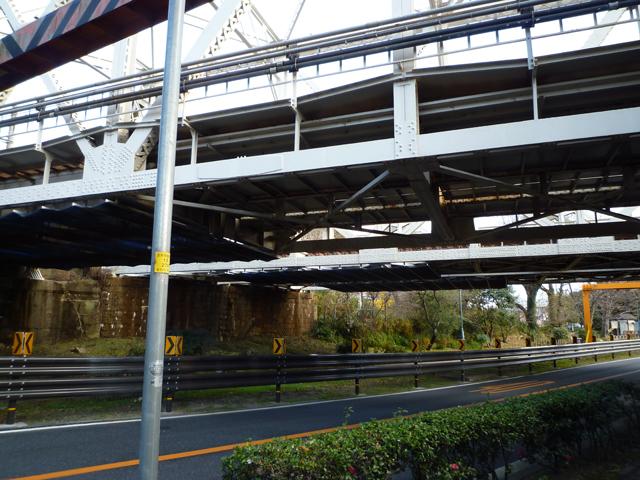 茨木市川端通りのJR高架