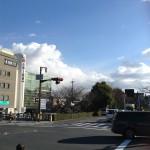 茨木神社の西側、高橋の交差点