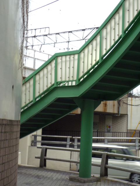 JR高架のカーブ1