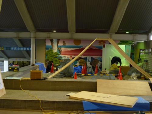 茨木市民会館に展示される風呂ンティア