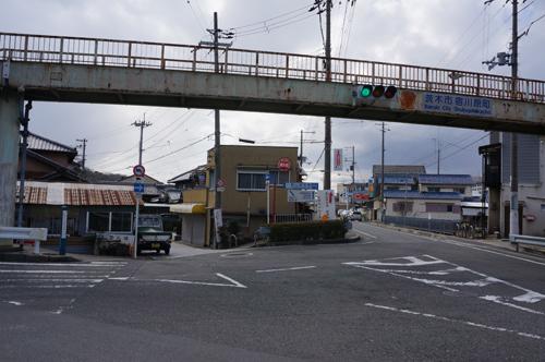 宿川原バス停を降りて