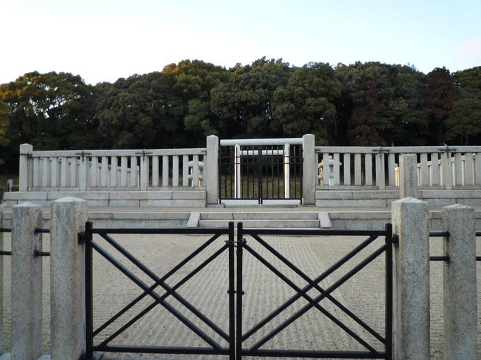 茨木茶臼山古墳の正面