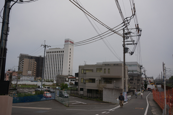 JR総持寺工事とフジテック