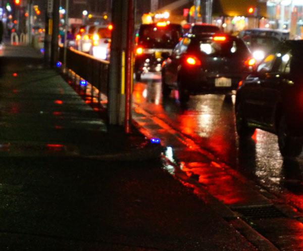 青色発光の道路全景DSC06140