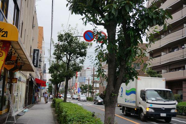 クリーニング店からあっちが阪急DSC06022