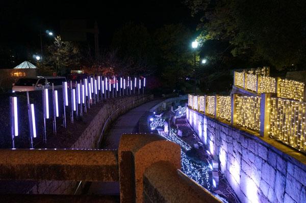 光の回廊通路