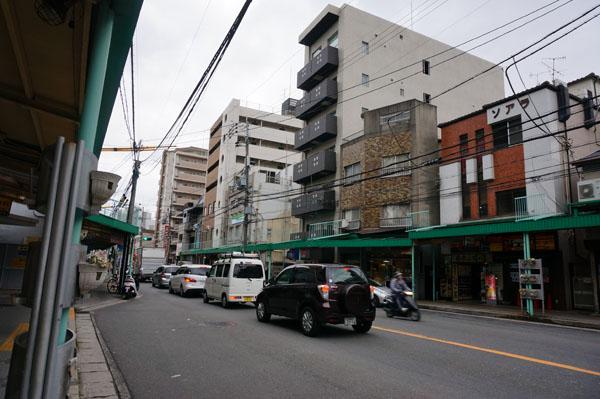 中央通り阪急の駅方向