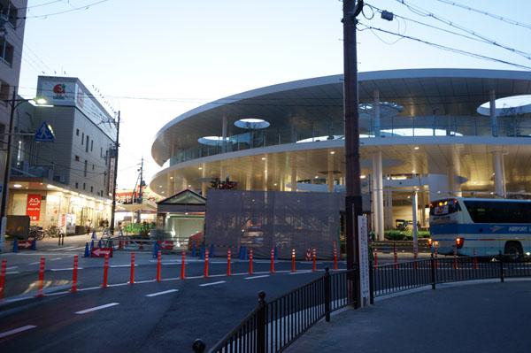 JR茨木東口のカーブ