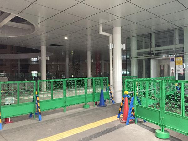 JR茨木駅東口右のほう