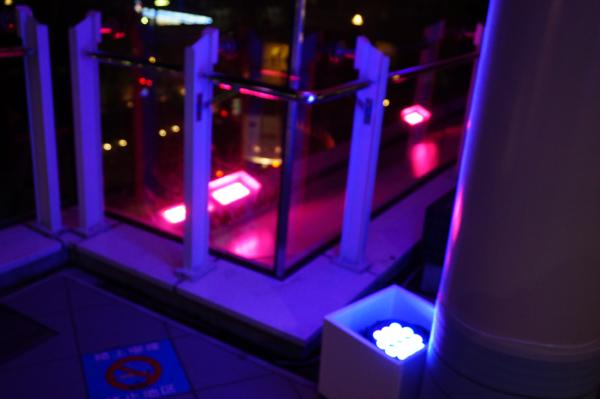 JR東口のイルミネーション用照明