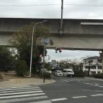 佐和良義神社前の交差点