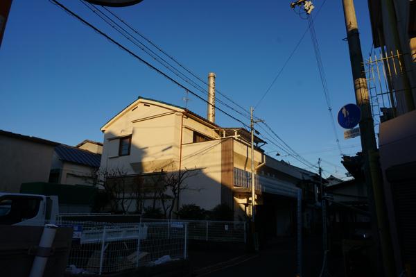 ローズ本町通商店街を抜け右手に茨木湯