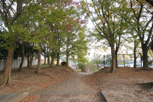 山手台公園からの道