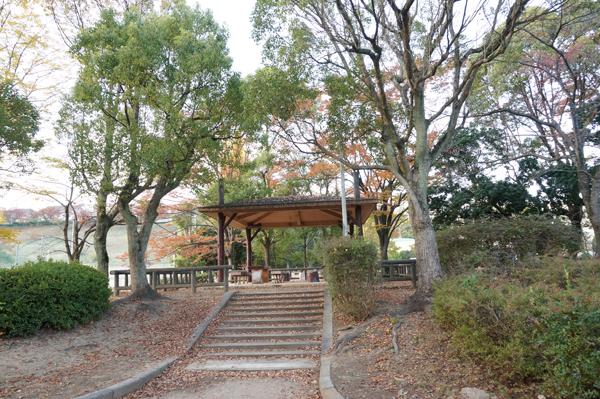山手台公園の休憩場所