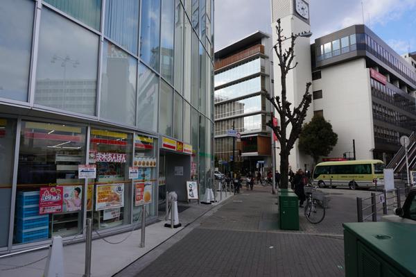 3JR茨木前を進む