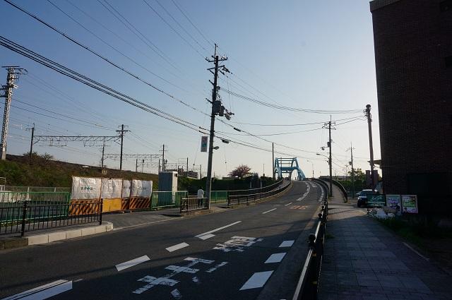 三島中そば西河原の橋方向