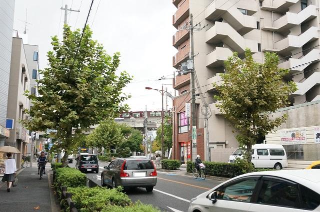 阪急駅そばみともり小児科から西側