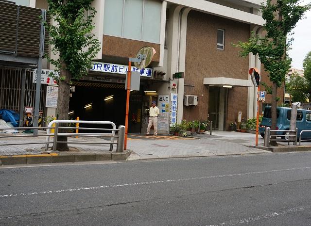 ショップタウン茨木イズミヤ地下駐車場