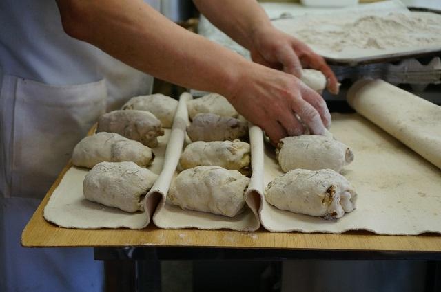 TSUMUGIさんパンを作るところDSC02162