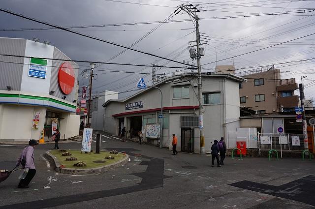 阪急総持寺駅改札DSC03372