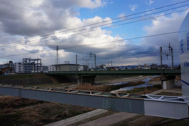 千歳橋西側から南の阪急線路方面DSC03444