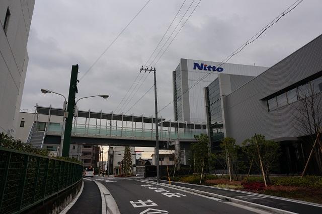日東電工社屋新しいほうとの渡り廊下DSC03165