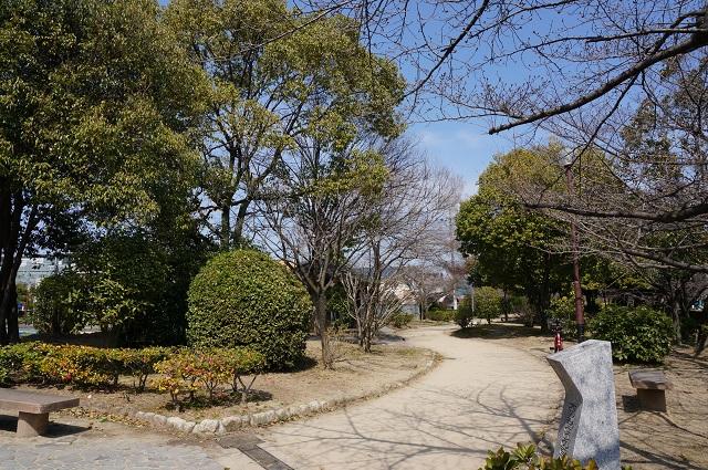 2014年大阪みどりの百選石碑のあたり