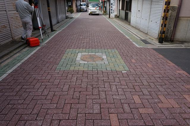 15阪急茨木本町通り商店街方角二つ目DSC05611