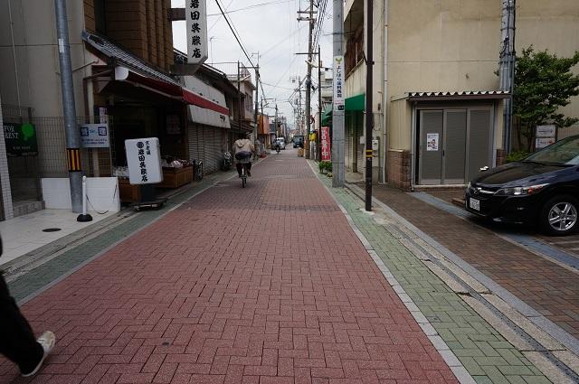 11阪急茨木本町通り商店街さらに北DSC05605
