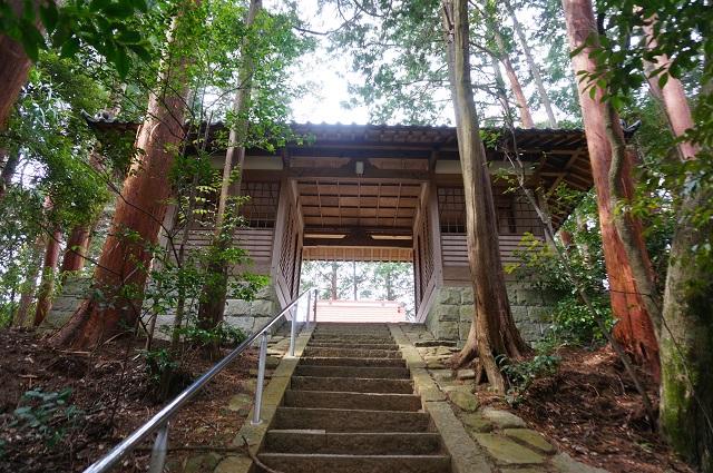 8見山の郷神社の一番上のほうDSC05176