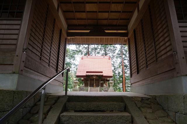 9見山の郷神社参拝殿のほうDSC05177