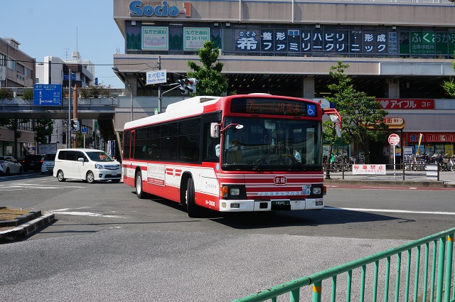 京阪バス北からJR行きDSC06309