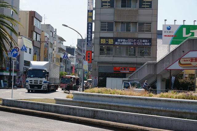 京阪枚方行きバス西からDSC06295