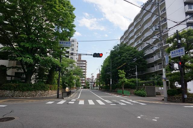 南茨木駅西交差点DSC06330