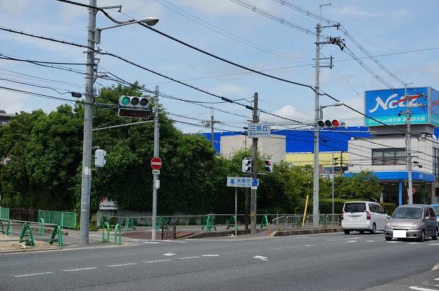 交差点三島丘DSC07579