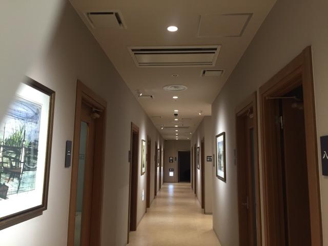 オルセーカラオケ店内廊下IMG_8157
