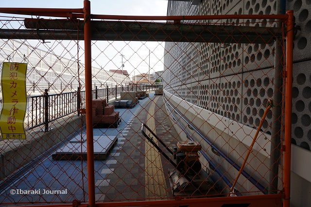 12アンダーパス立命館側歩道の工事DSC09890