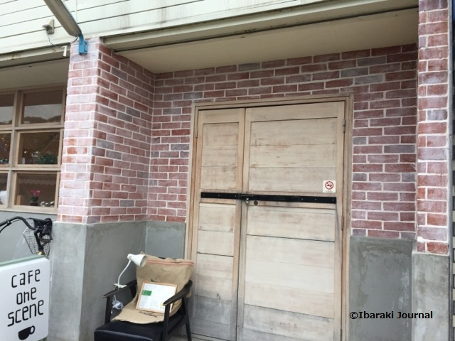 カフェワンシーン入口のところIMG_0318