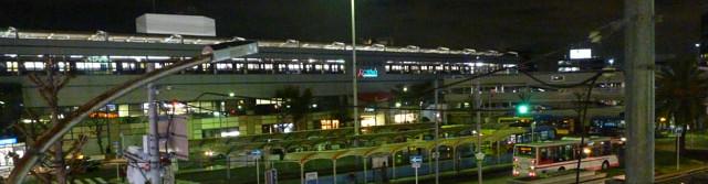阪急茨木市駅夜の風景