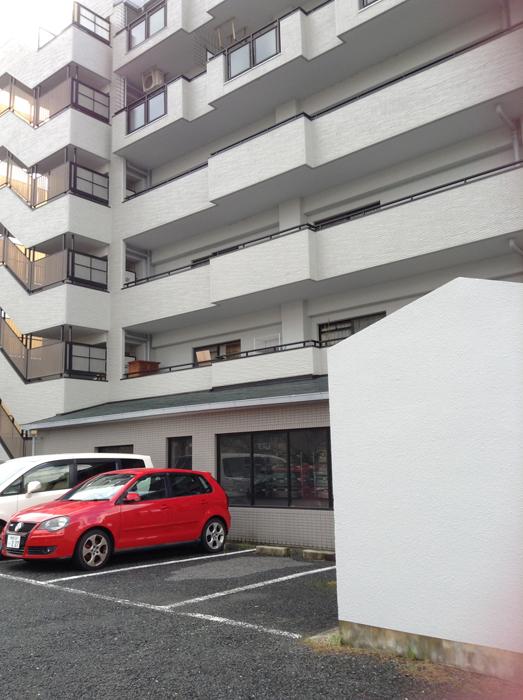 茨木市内のマンションで陣内智則を見た!