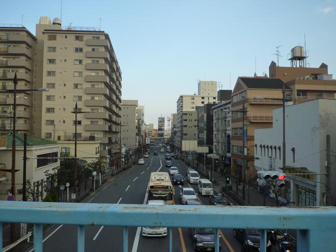 エキスポロードから茨木駅方面