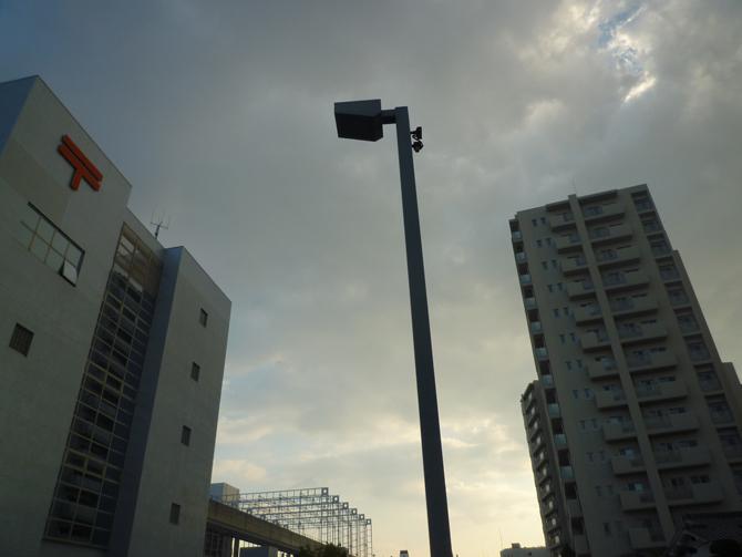 茨木中央郵便局と日航ホテル跡のマンション