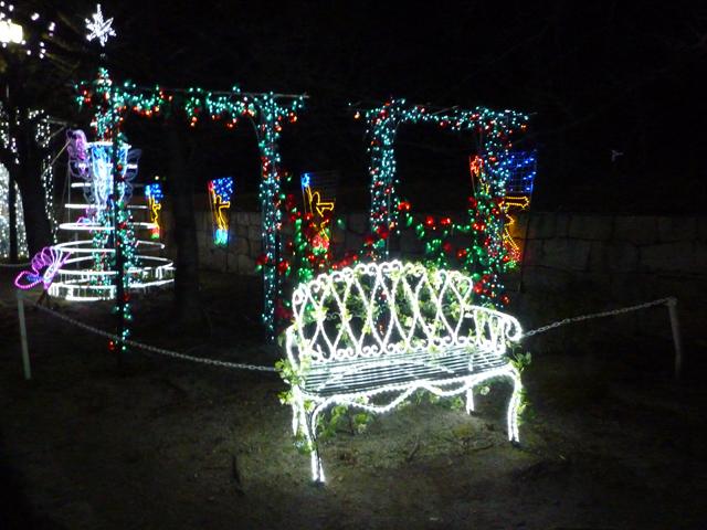 いばらき光の回廊のベンチ