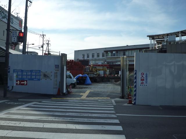 JR茨木駅東口の工事20141月