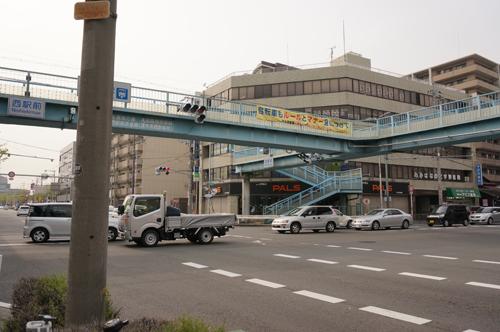 西駅前交差点