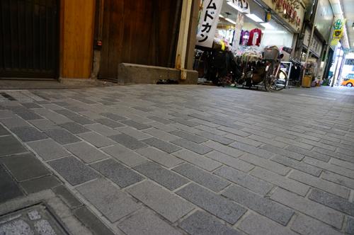心斉橋商店街の橋の跡