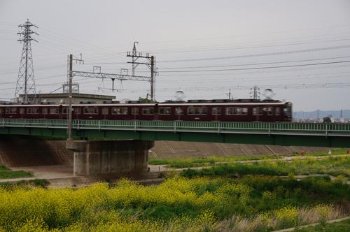 千歳橋から阪急電車