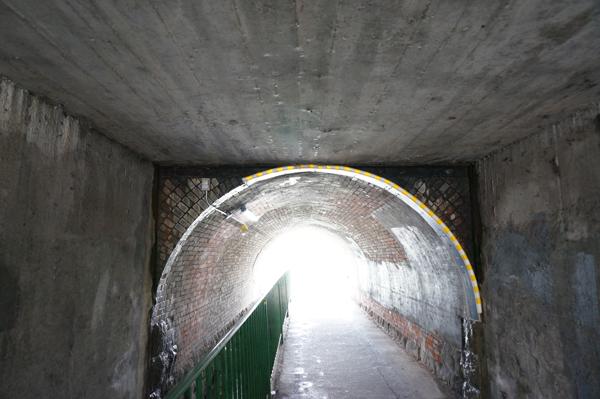 JR総持寺トンネル