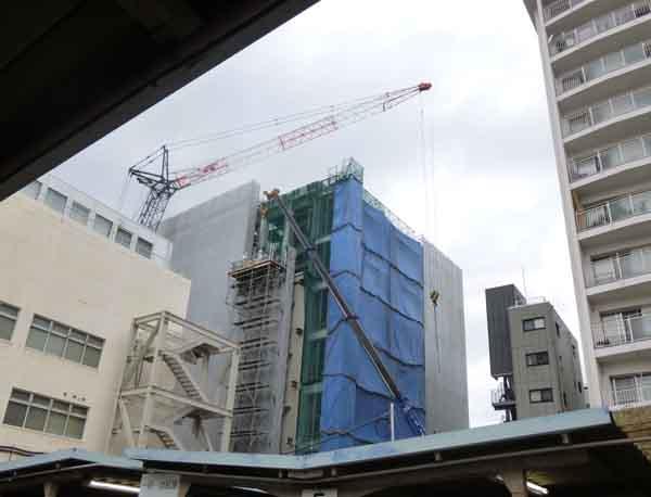 kkキタ大阪銀行工事駐輪場から見たP1000869