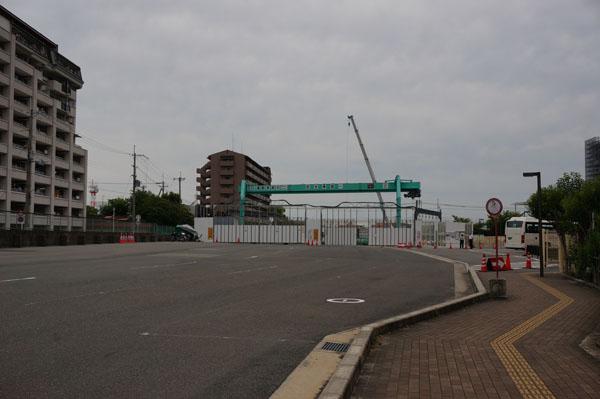 マイカルの梅花スクールバス停DSC05181